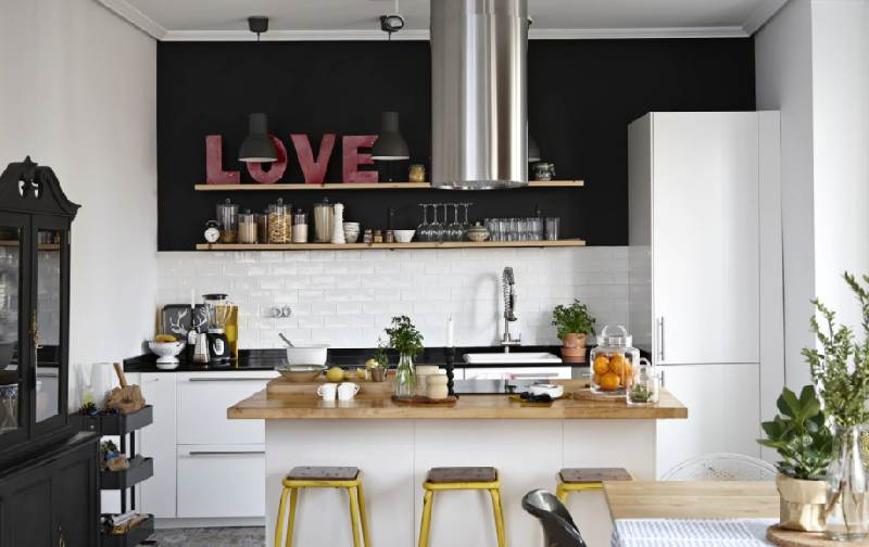 ikea achievement Ikea aims to be a responsible organisation it sells low-price home furnishing products around the world these include furniture and accessories for kitchens, bedrooms, living rooms, bathrooms and.